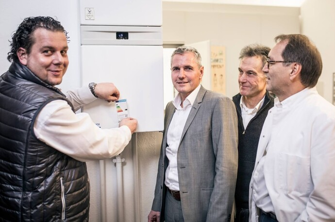 https://www.vaillant.at/images/21-presseinfo/4-unternehmen/16-altgeraete-labeling-1-656080-format-flex-height@690@desktop.jpg
