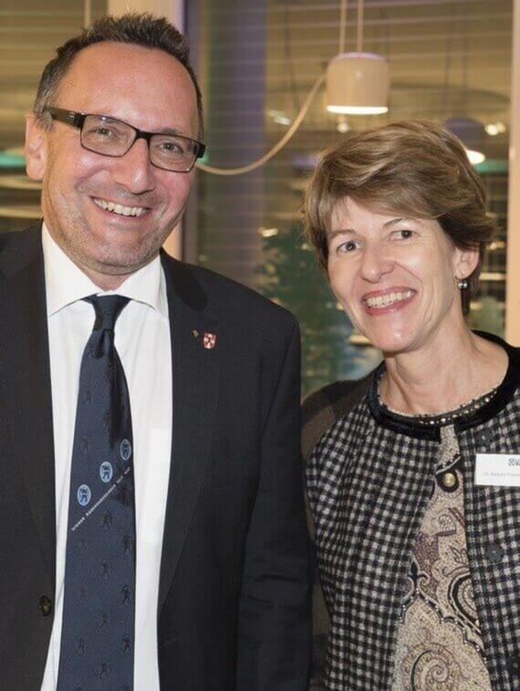 KommR Josef Rejmar, Landesinnungsmeister der Wiener Rauchfangkehrer mit Dr. Barbara Priesching (Geschäftsführerin Vaillant Group Austria)