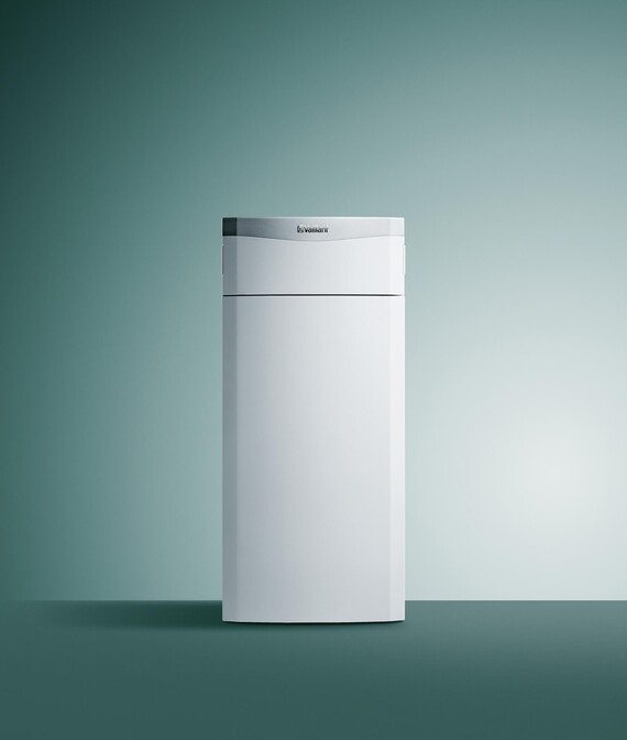 Vaillant Gas-Brennwert Kompaktheizgerät ecoCOMPACT VSC vor grünem Hintergrund