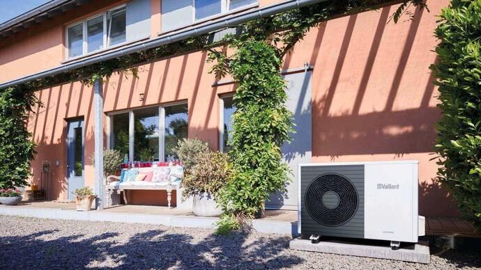Luft/Wasser Wärmepumpe | aroTHERM VWL Kältesplit mit uniTOWER