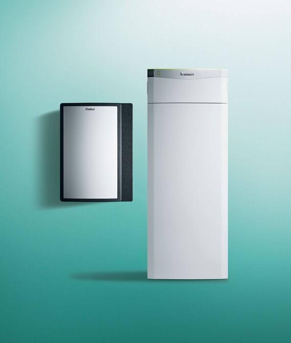 Vaillant Wasser Wärmepumpe flexoTHERM exclusive mit fluoCOLLECT auf grünem Hintergrund