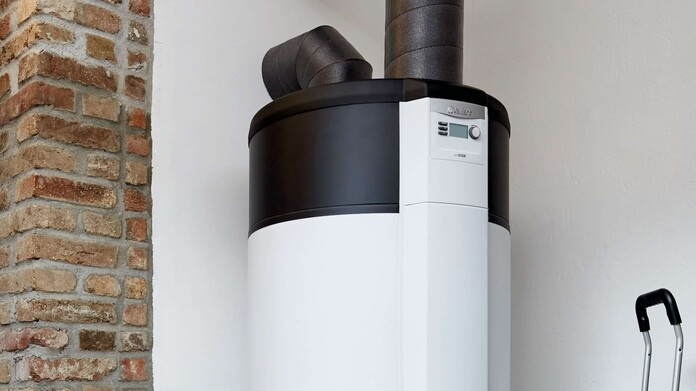 https://www.vaillant.at/images/produkte/13-speicher/storage15-32591-01-min-1457218-format-16-9@696@desktop.jpg