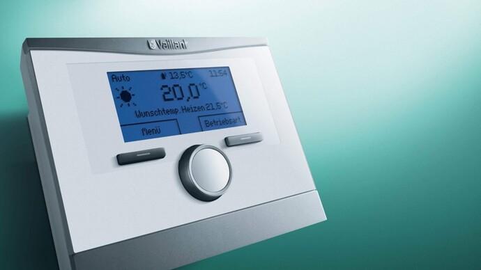 Witterungsgeführter Systemregler multiMATIC 700