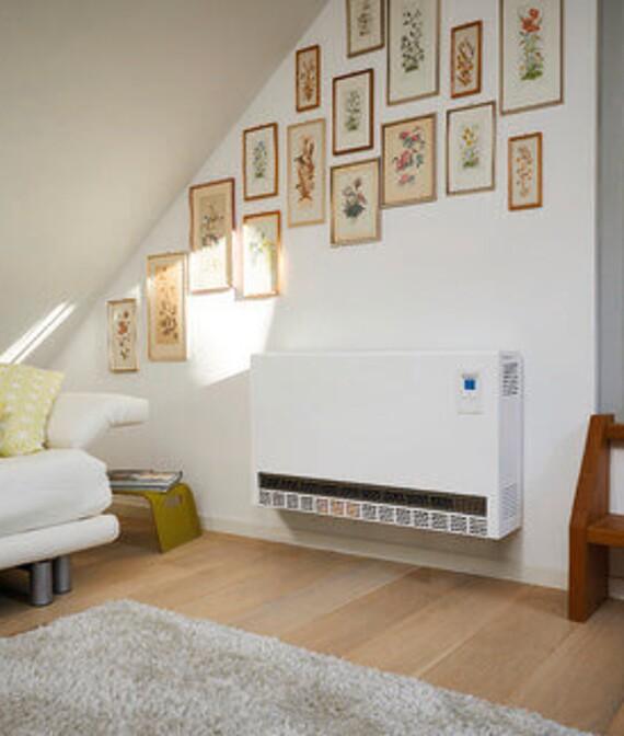 Vaillant wandhängendes Elektro-Speicherheizgerät VSF EL im Wohnraum