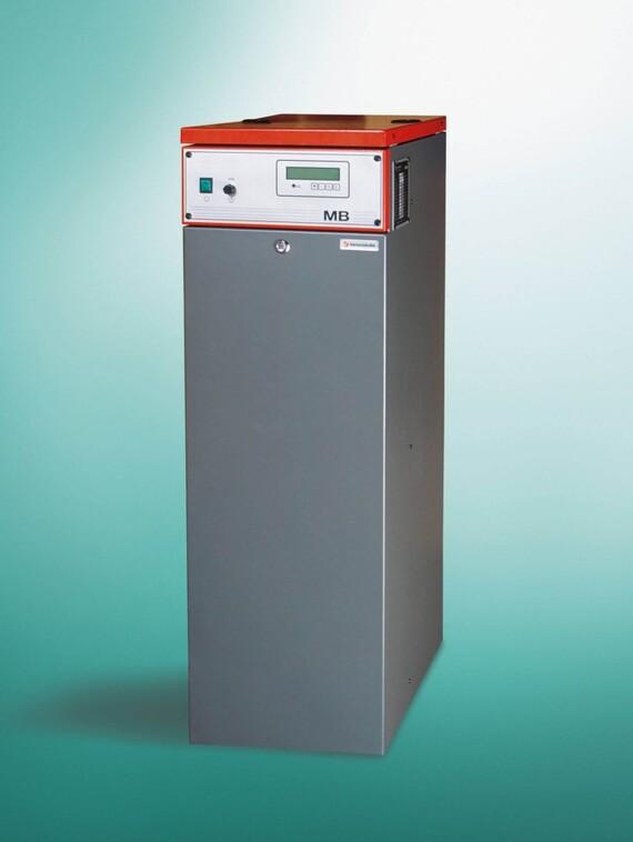 Vaillant Elektro-Durchflusskessel Mittelbruder MB vor grünem Hintergrund