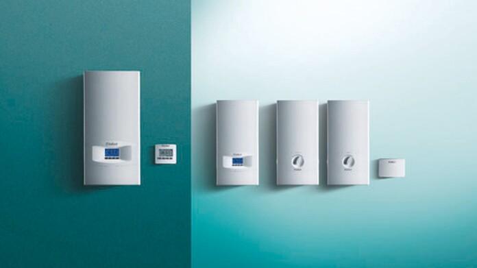 Vaillant Elektrogeräte für Warmwassererzeugung und -speicherung vor grünem Hintergrund