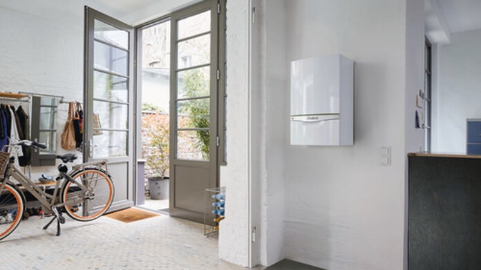 //www.vaillant.at/media-master/global-media/vaillant/product-pictures/ecotec/whbc15-32968-01-1500687-format-16-9@696@desktop.jpg